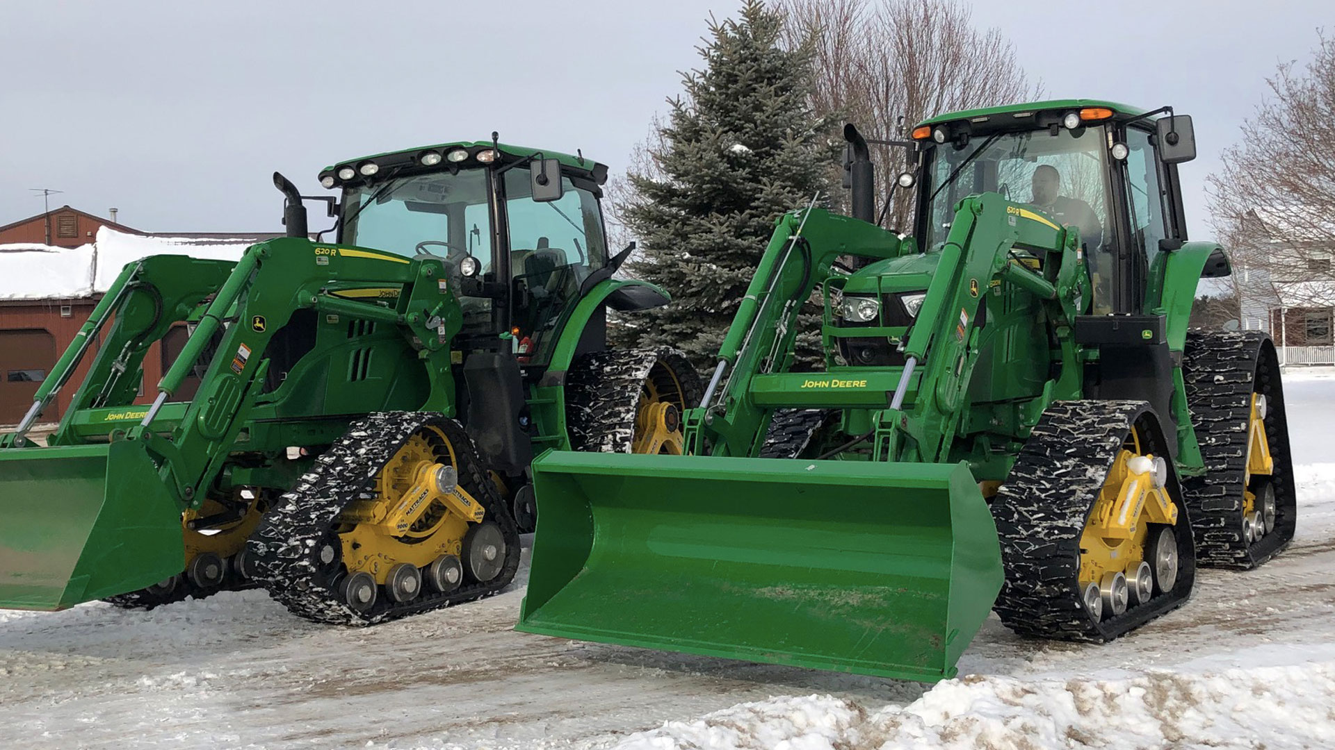 9000-LM Series Tracks on a John Deere 6120M
