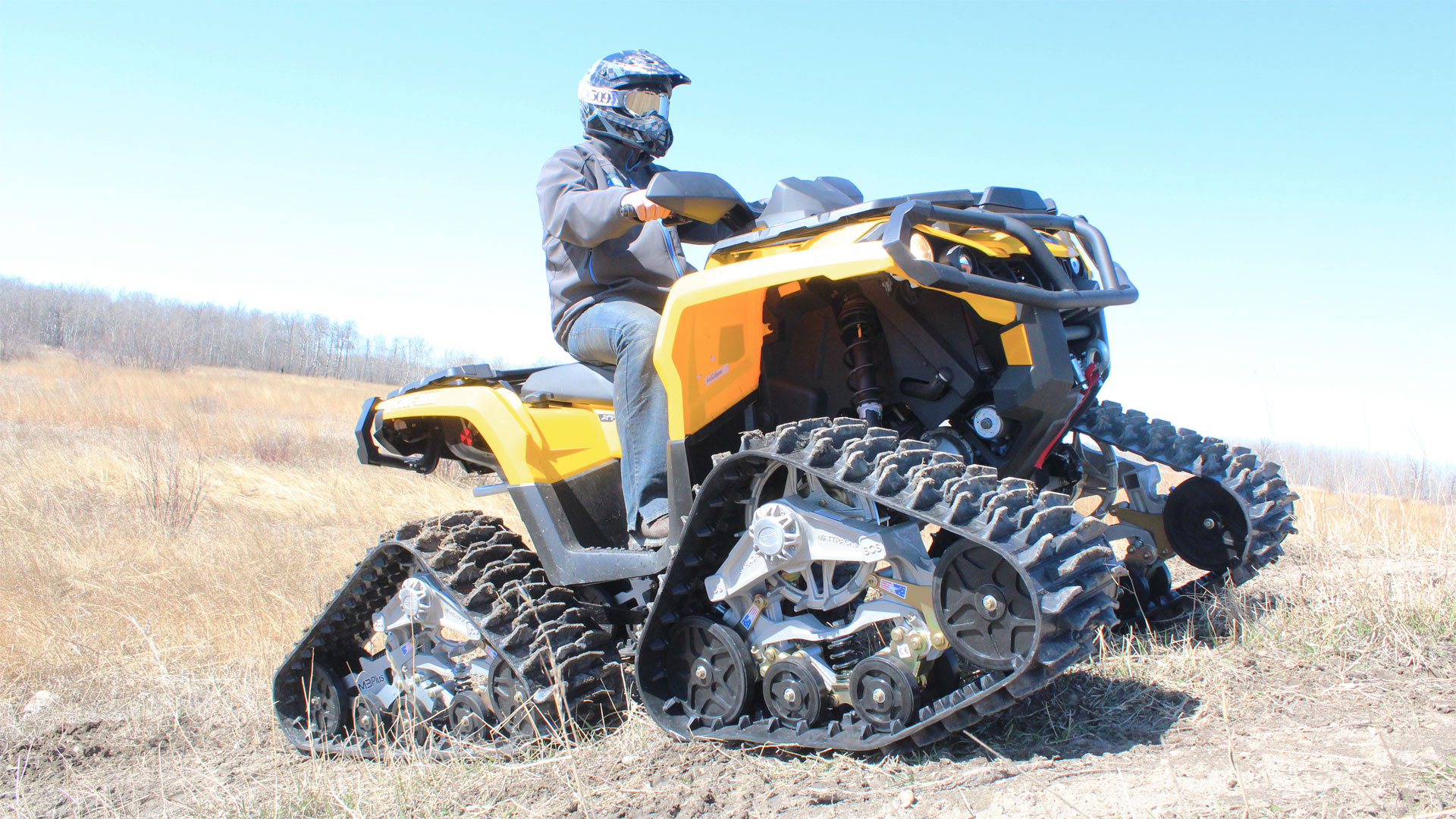 M3 Plus Series Tracks on a Can-am Outlander XT 1000