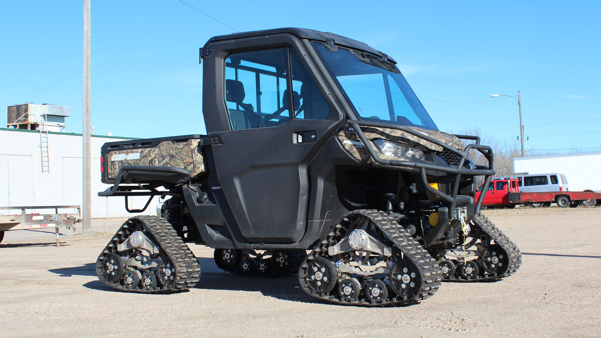 EZ HD Tracks on a Can-am Defender XT Cab